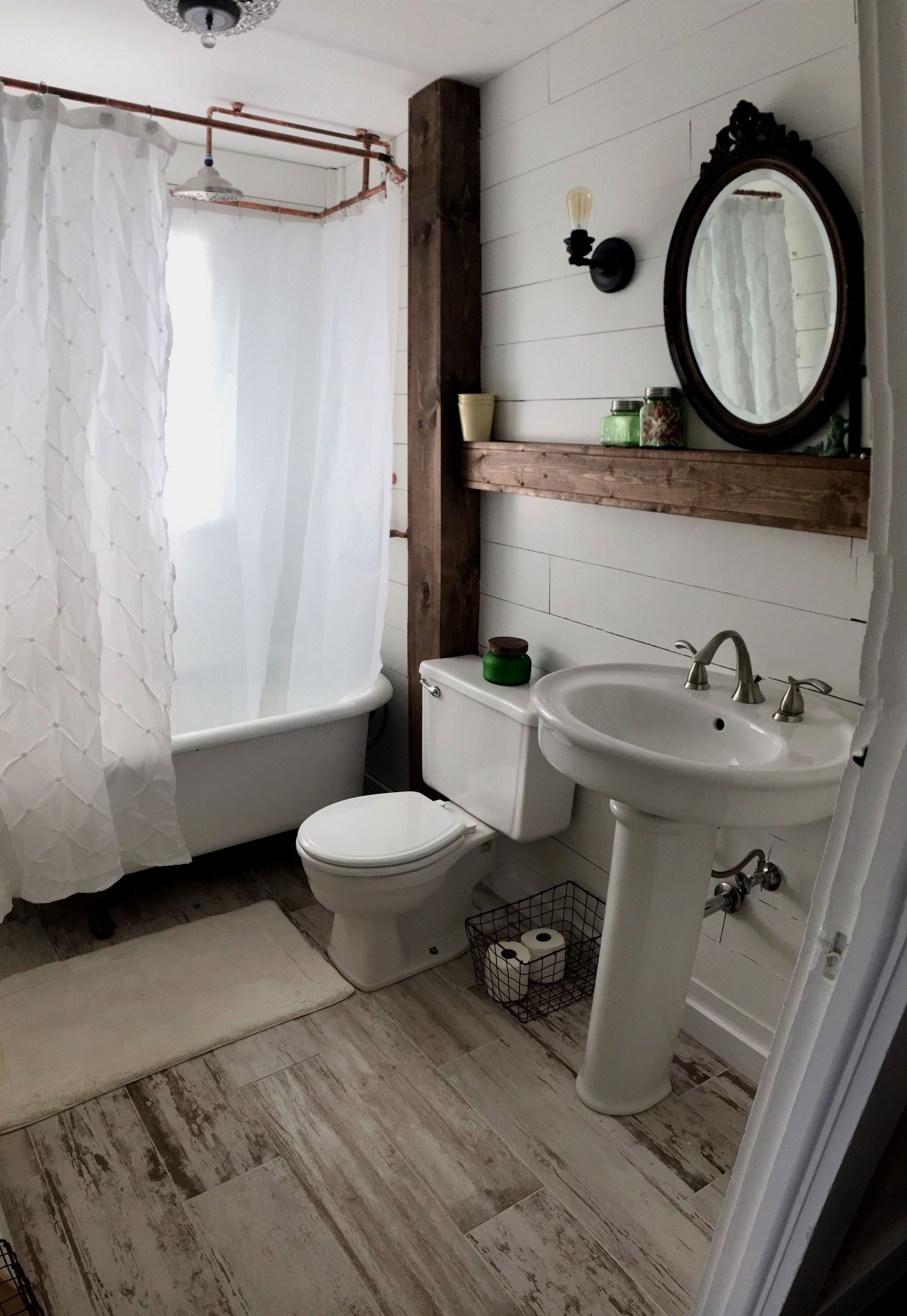 29 awesome farm style bathroom decor designs for your home small rh pinterest com
