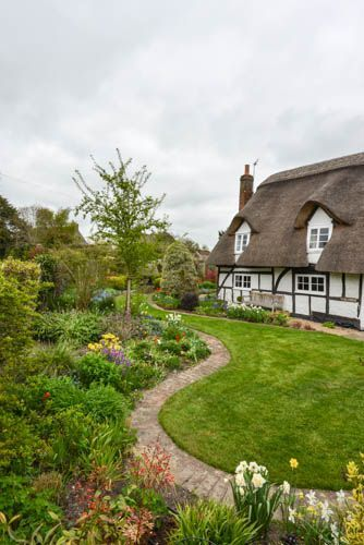 Cottage in Chichester, England www facebook com/loveswish This is