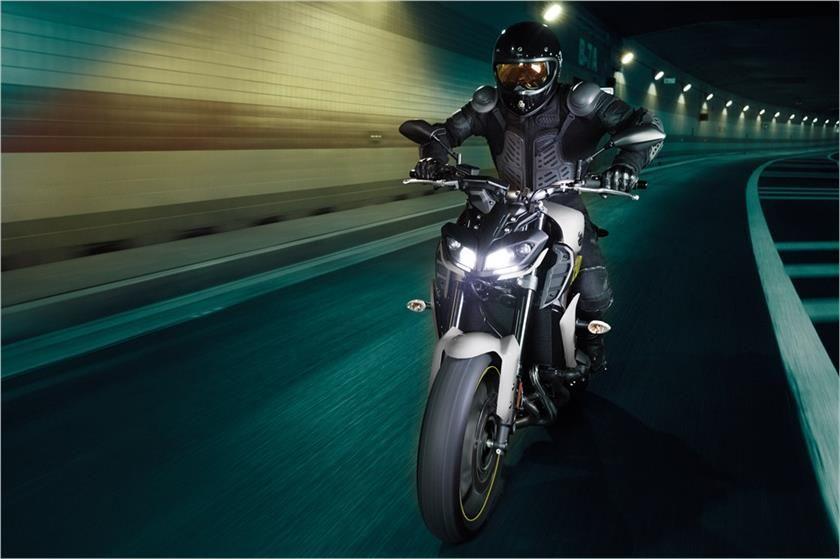 2017 Yamaha FZ-09 Sport Motorcycle - Photo, Picture