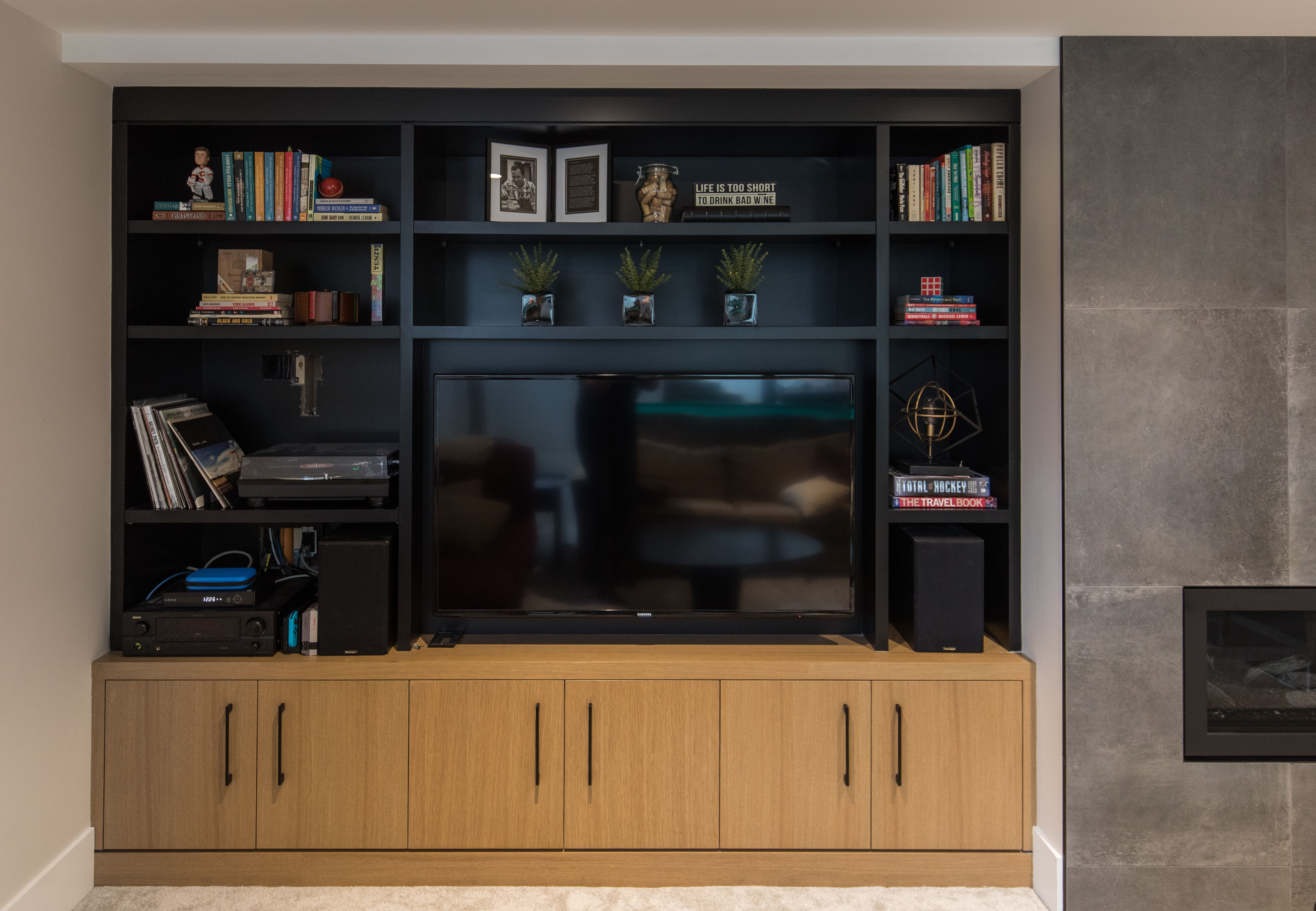 Projects Rochelle Cote The Basement Media Room From The Inner City Residence William Blake Homes In 2020 City Residences Inner City Residences