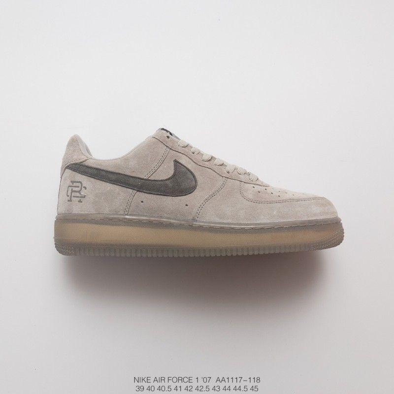 f7e9e6b9b34  79.00 Pink And Gray Nike Sneakers