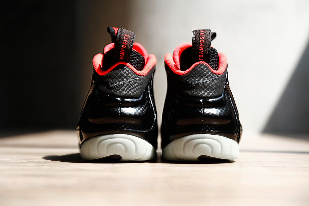 Nike-Air-Foamposite-Pro-Solar-Red-04