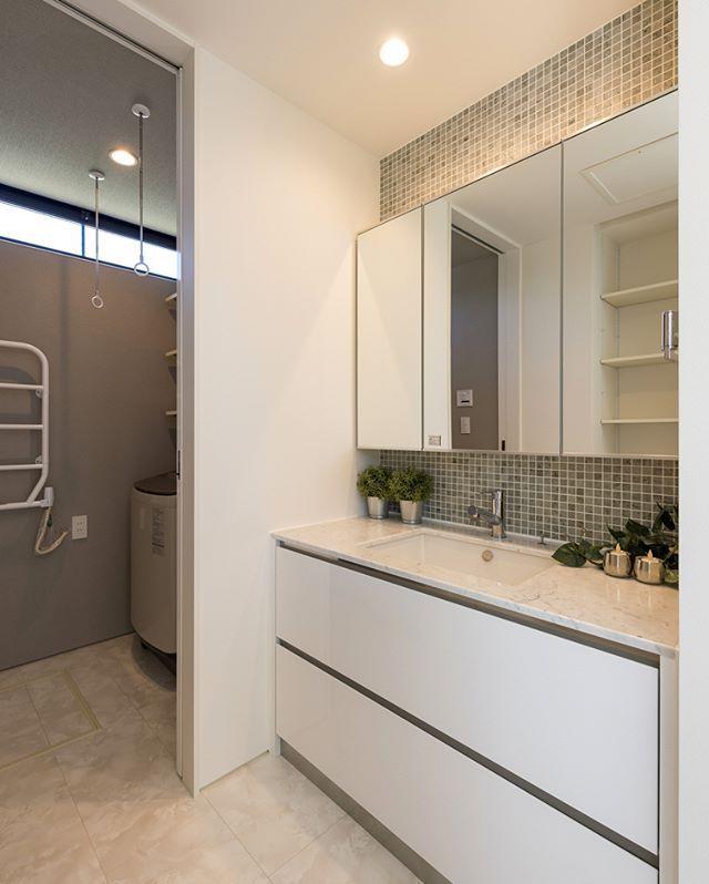 サンワカンパニーのある暮らし サンワカンパニー ホームアイデア 2019 Bathroom Double Vanity House