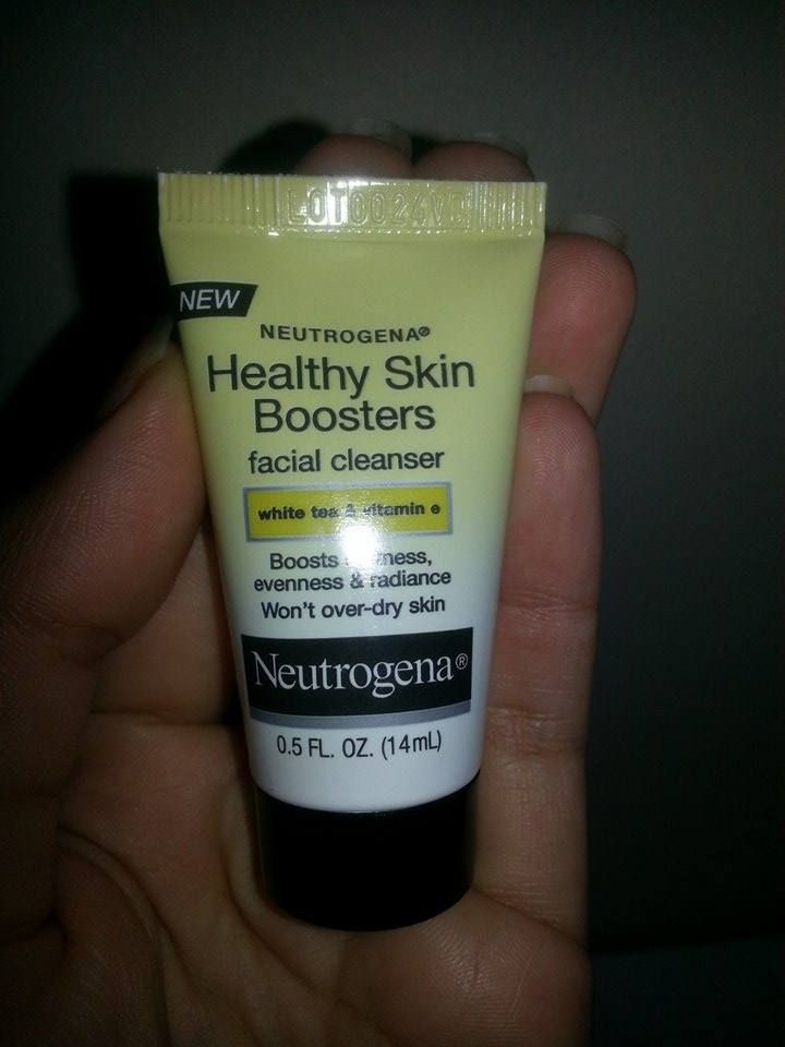 Another wonderful sample from the frescavoxbox from Influenster. It reallly helps keep a healthy skin with daily use.