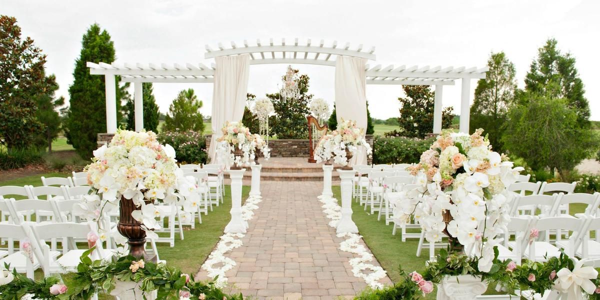 Weddings At The Royal Crest Room In St Cloud Fl Wedding Spot Massachusetts Wedding Venues Maryland Wedding Venues Florida Wedding Venues