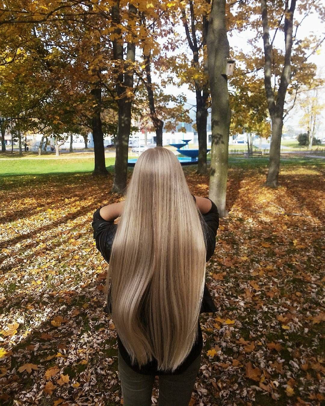 "72 Likes, 9 Comments - Long Hair Expert (@long.hair.expert) on Instagram: ""#autumn #beautiful #hair #haircare #hairobsessed #longhair #verylonghair #blondehair #blondeme #me…"""