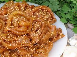 طريقة تحضير الشباكية المغربية لرمضان حسناء Moroccan Desserts Recipes Moroccan Food