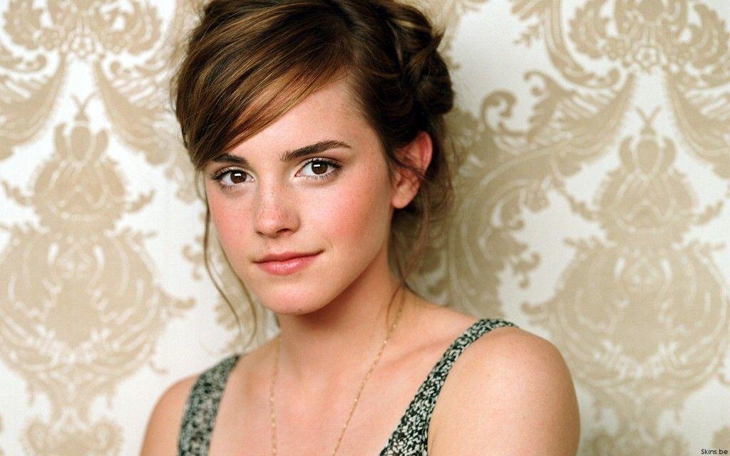 Smentita di Emma Watson su Cinderella: http://www.filmovie.it/2013/03/12/smentita-di-emma-watson-su-cinderella/