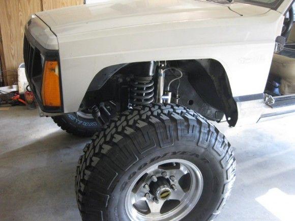 Fender Trimming Jeep Cherokee Xj Jeep Xj Mods Jeep Xj