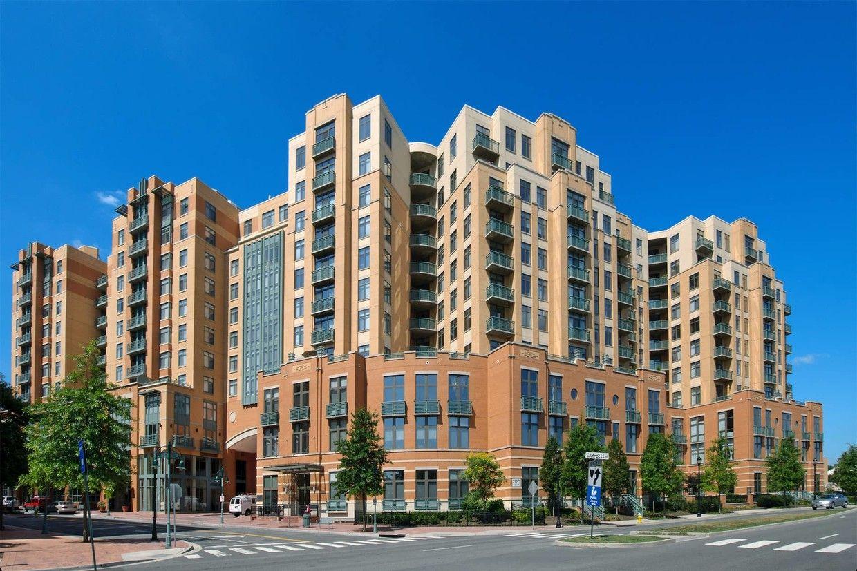 Delancey at Shirlington Village Apartments - Arlington, VA ...