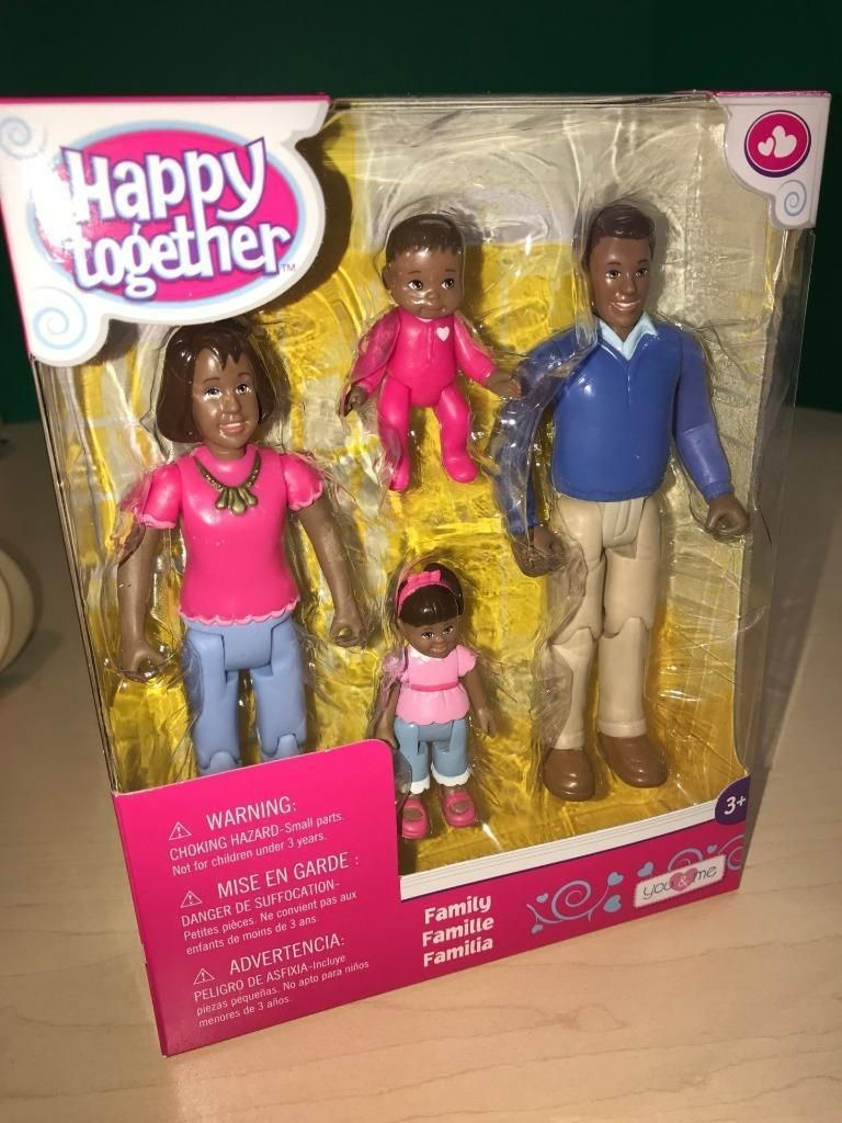 Daughter You /& Me Happy Together Family Action Figure Set Dad and Baby Mom