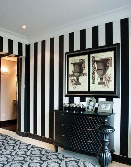 Black white stripes wallpaper the must haves in future for Striped wallpaper bedroom designs