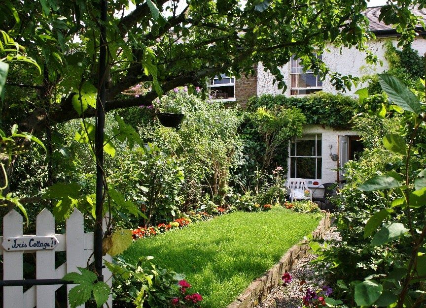 Small Front Garden Design Ideas Uk London Bed Terraced ...
