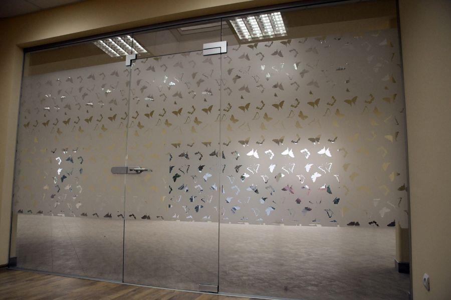 Pertvaros ir stogeliai gaminiai stikluva vinyl for Room door design with glass