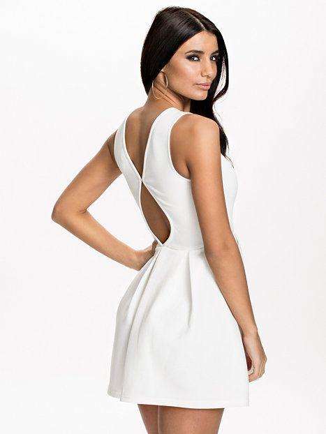... factory outlets 2e532 50571 Pleat Skater Dress - Nly One - Vit -  Festklänningar - Kläder ... 46a6be7ef