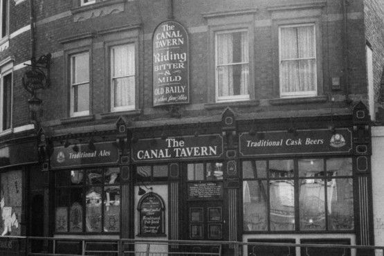 The old Canal Tavern, Canal Street in 1996