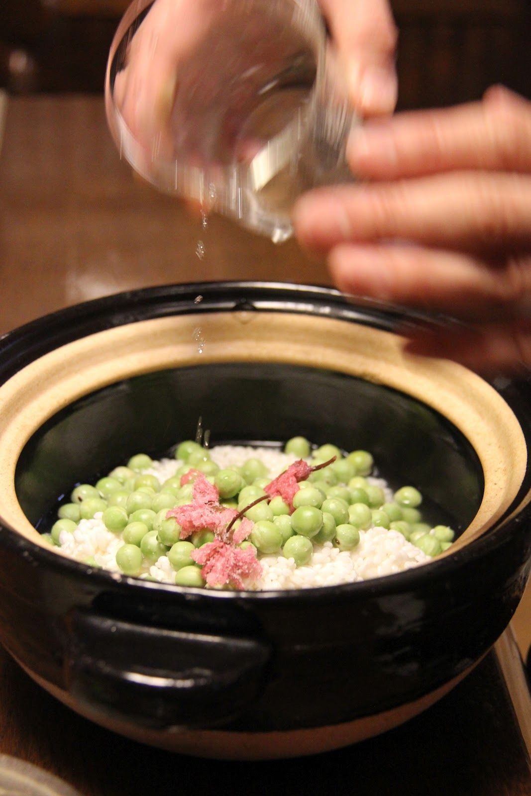 Rice with spring peas and salted sakura EATspeak