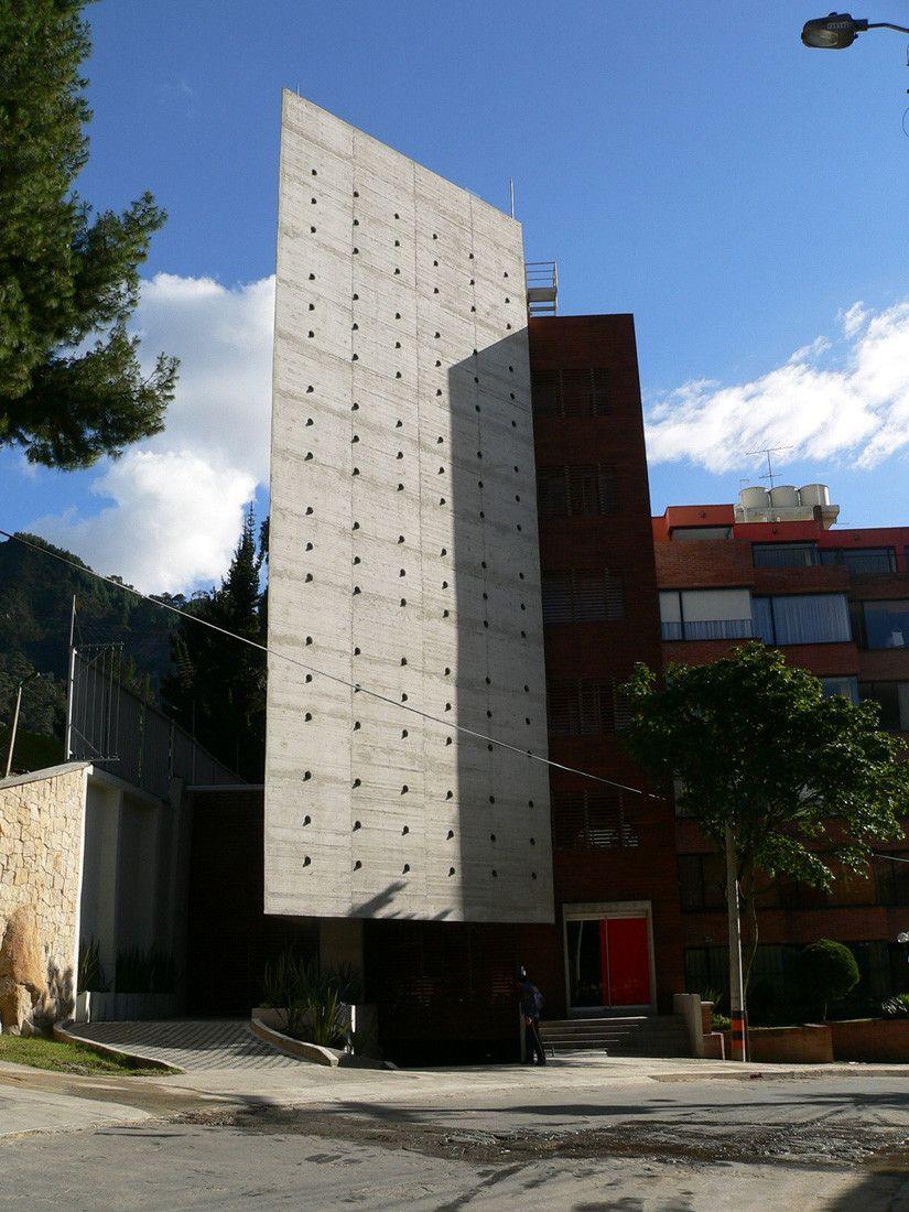 Habitar 72 / Giancarlo Mazzanti, Alejandro Castaño