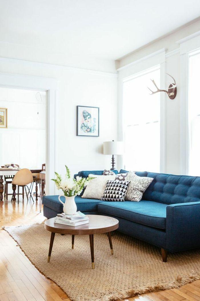 Blaues Sofa 50 Einrichtungsideen Mit Sofa In Blau Die Sehenswert Sind Teal Sofa Living Room Teal Couch Living Room Blue Sofas Living Room
