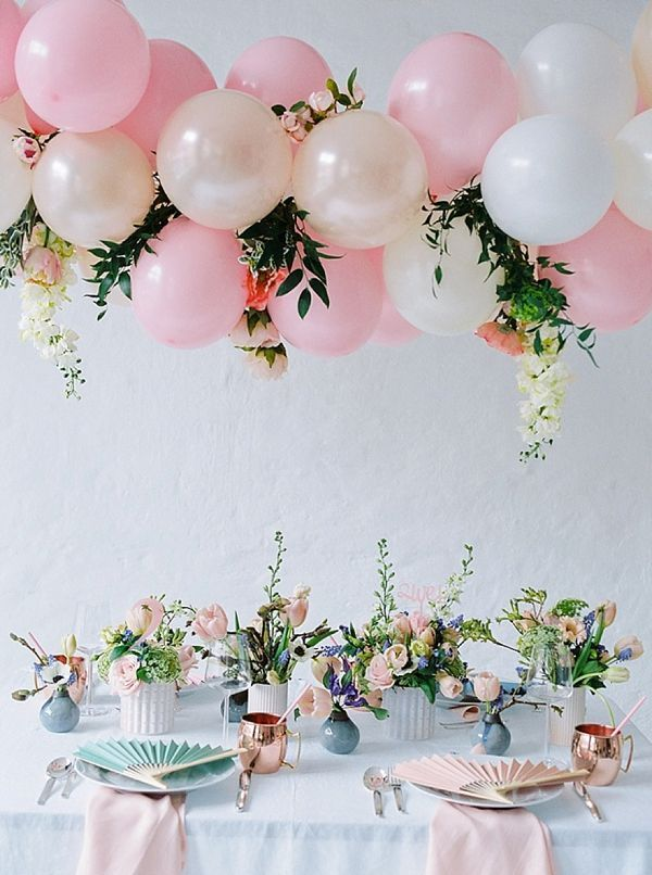 13 Balloon Ideas to Elevate Your Wedding Fun | Organic Balloon Decor ...
