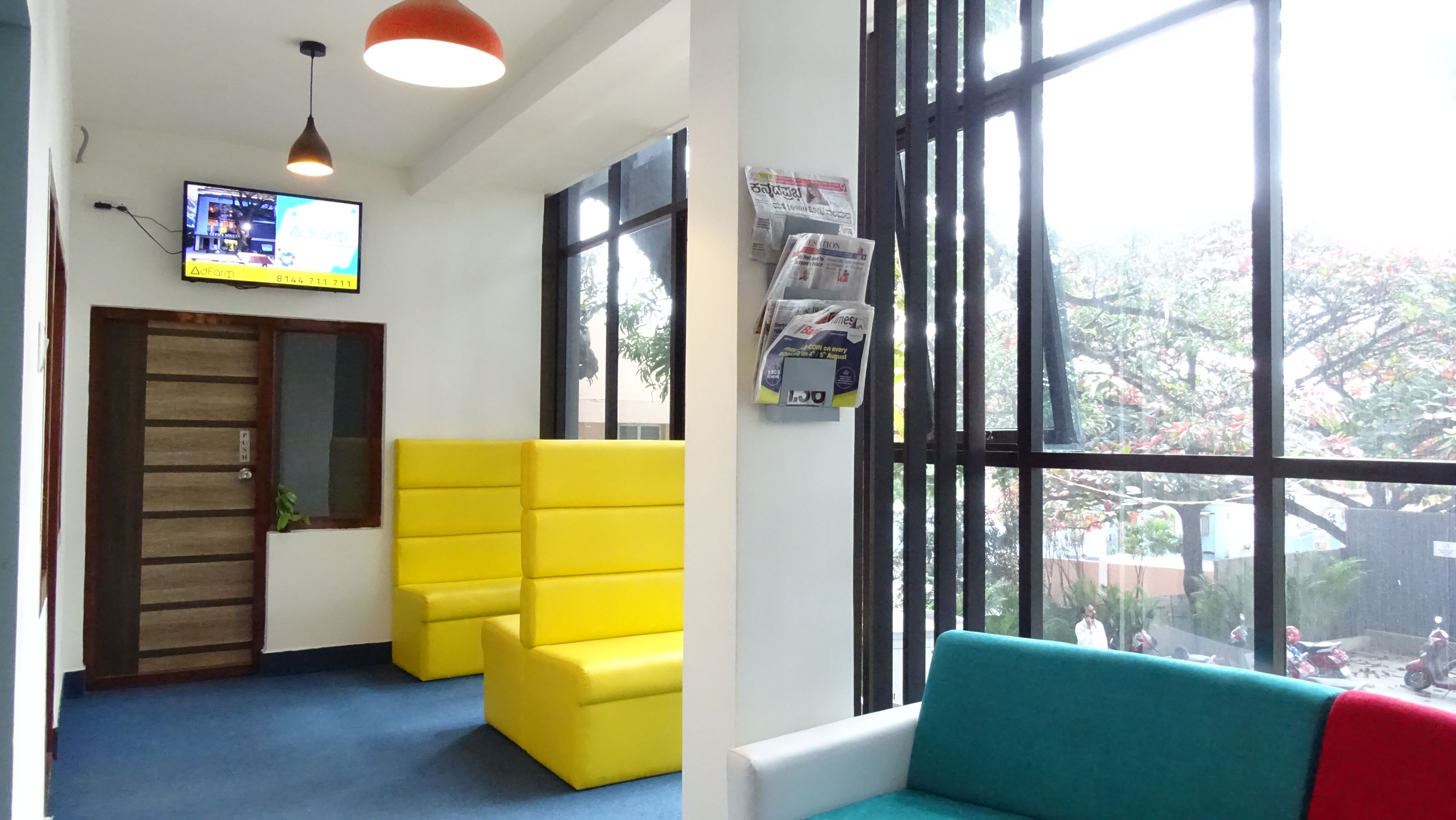 10 Seater Office Space On Rent In Bangalore Cool Office Space Office Space Decor Coworking Space