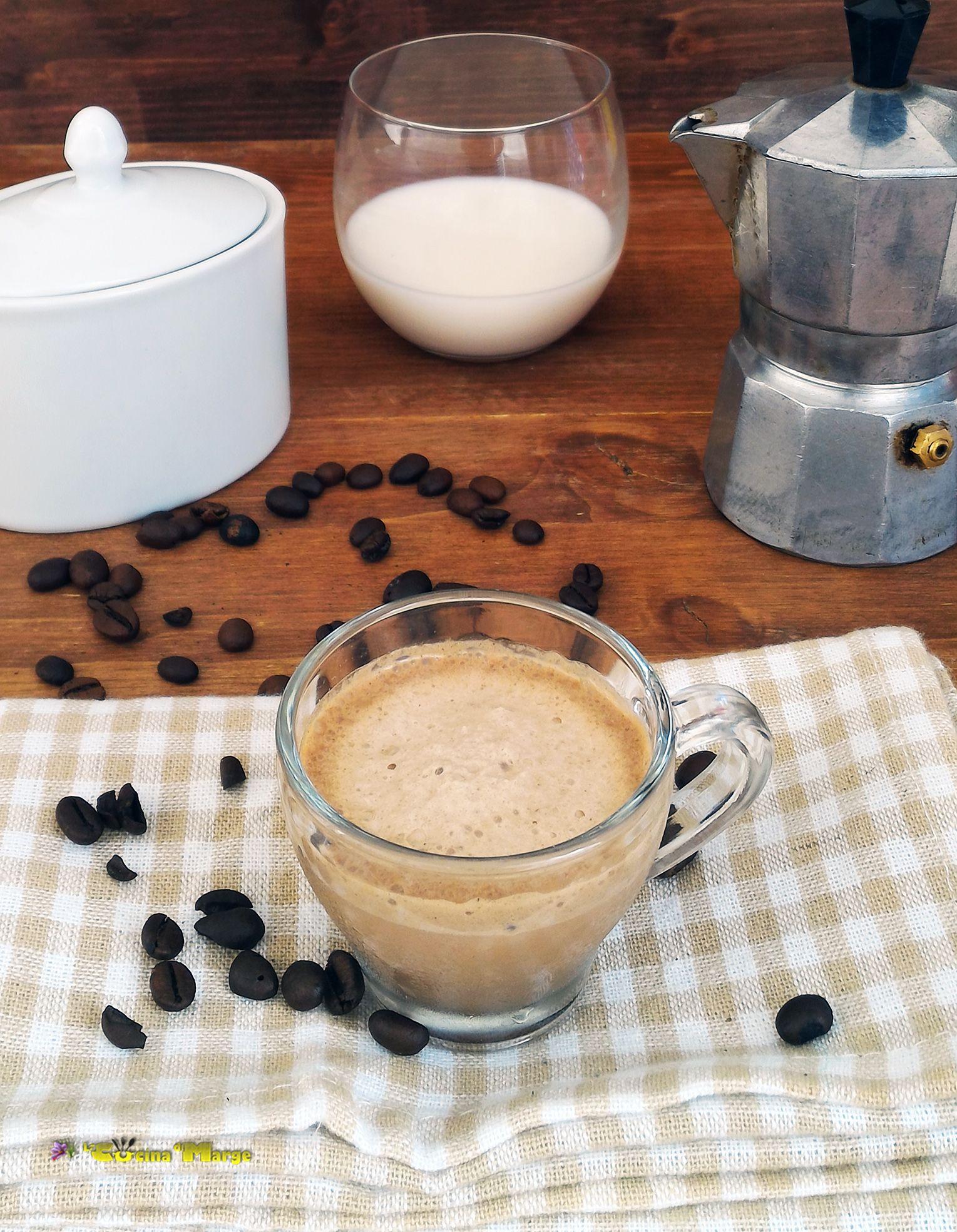 Milk Shaker E Coffee Crema Al Latte Caffe E Nutella Una Bevanda Fredda Cremosa Come Al Bar Bevande Fredde Bevande Nutella