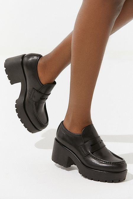 Platform loafers or patent leather