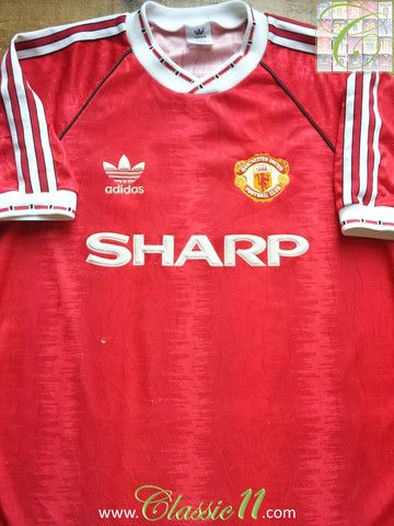 5c1db7a07 Relive Manchester United s 1990 1991 season with this vintage Adidas home  football shirt.