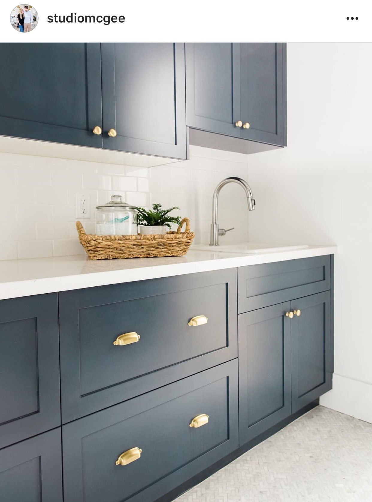 Hale Navy Benjamin Moore Painted Cabinets In Navy Blue Navyblue Paintedcabinets Blue Laundry Rooms Kitchen Kitchen Inspirations