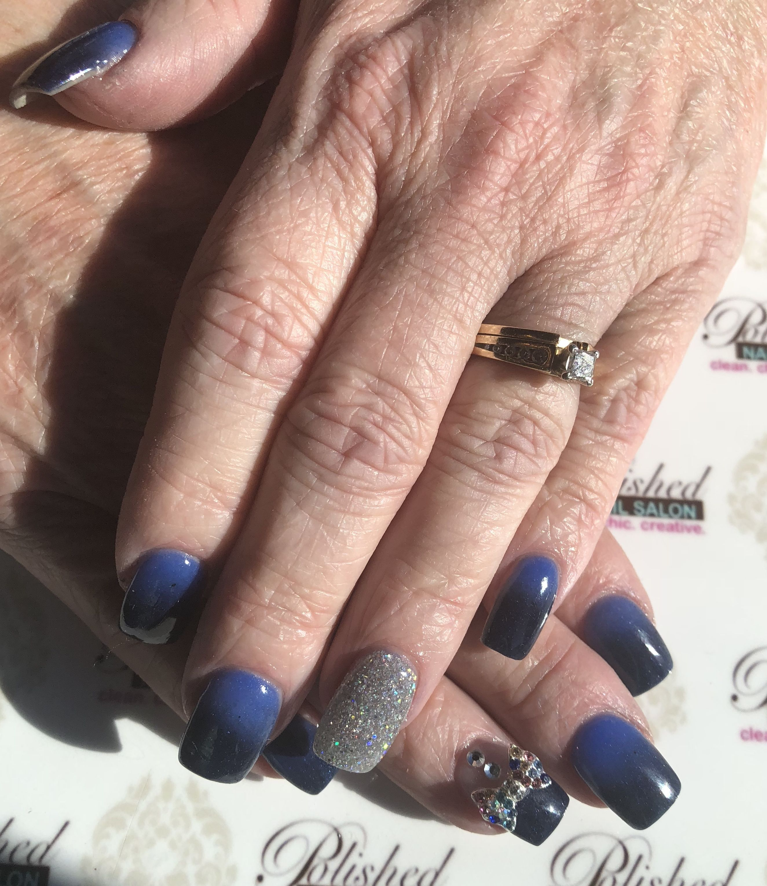 Charming with this royal blue to navy blue red ombré #PolishedDip ...