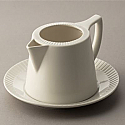 Belleek Living Lines- Sauce Boat and Tray
