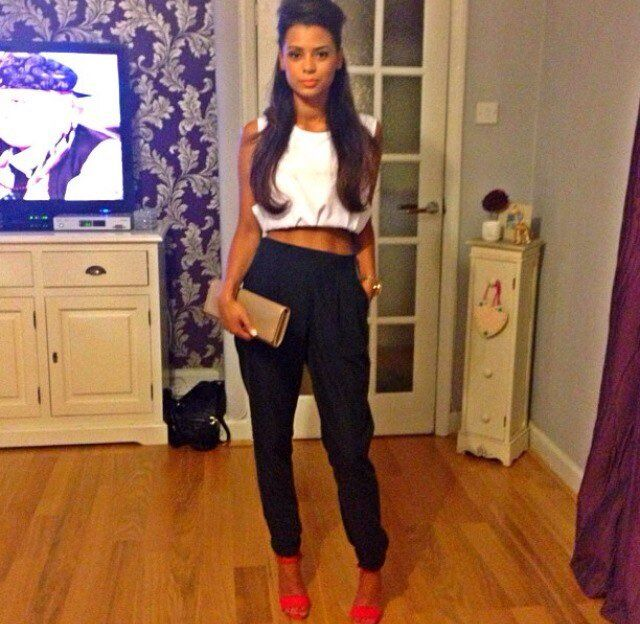 White crop top, black pants, & red heels | S T Y L E | Pinterest ...