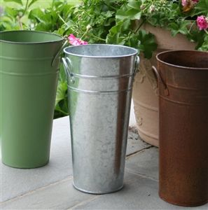 """Center piece containers 