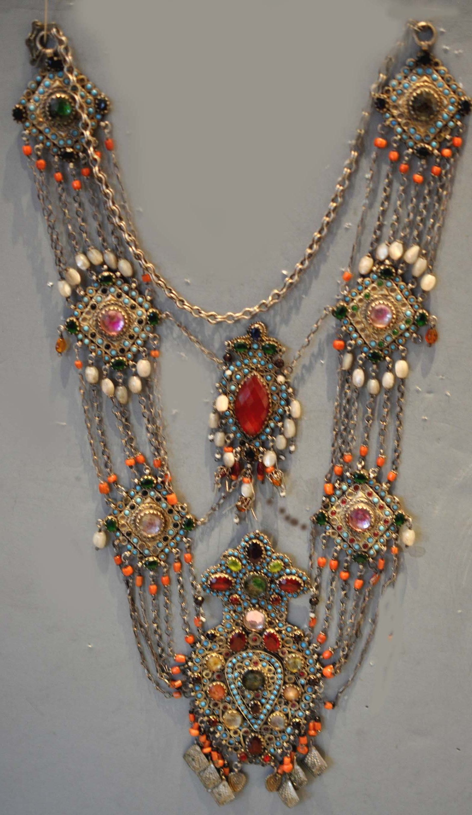 Very large gilt silver necklace with inlaid glass and semi precious stones, Uzbekisan late 19th c (info@singkiang.com)