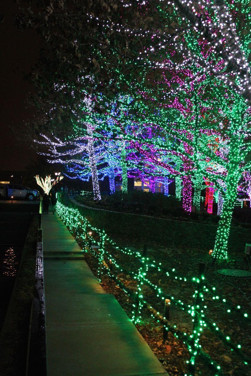 Tabulous Design Lighting Up OKC Chesapeake Energy | Oklahoma City Christmas Lights u0026 Decorations | Pinterest | City. & Tabulous Design: Lighting Up OKC: Chesapeake Energy | Oklahoma City ...