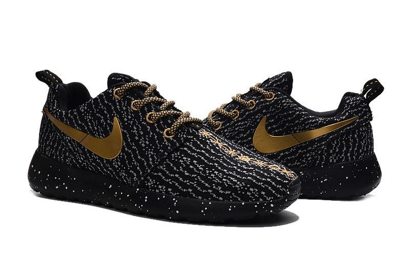 586f0e1df0672 Custom Roshe One x Yeezy Boost 350 Black Golden