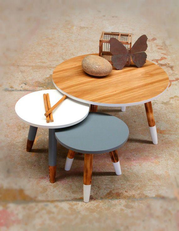 Satz von 3 skandinavisches Design Tische / lieferbar in allen ...