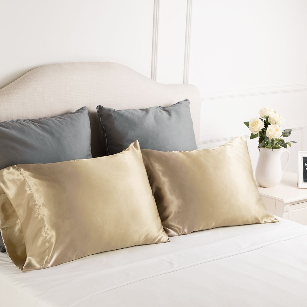 No Knots In The Morning Not Only Leaves Your Facial Skin Feeling Soft And Smooth But Also Helps Your Curly Ha Satin Pillow King Size Pillows Satin Pillowcase
