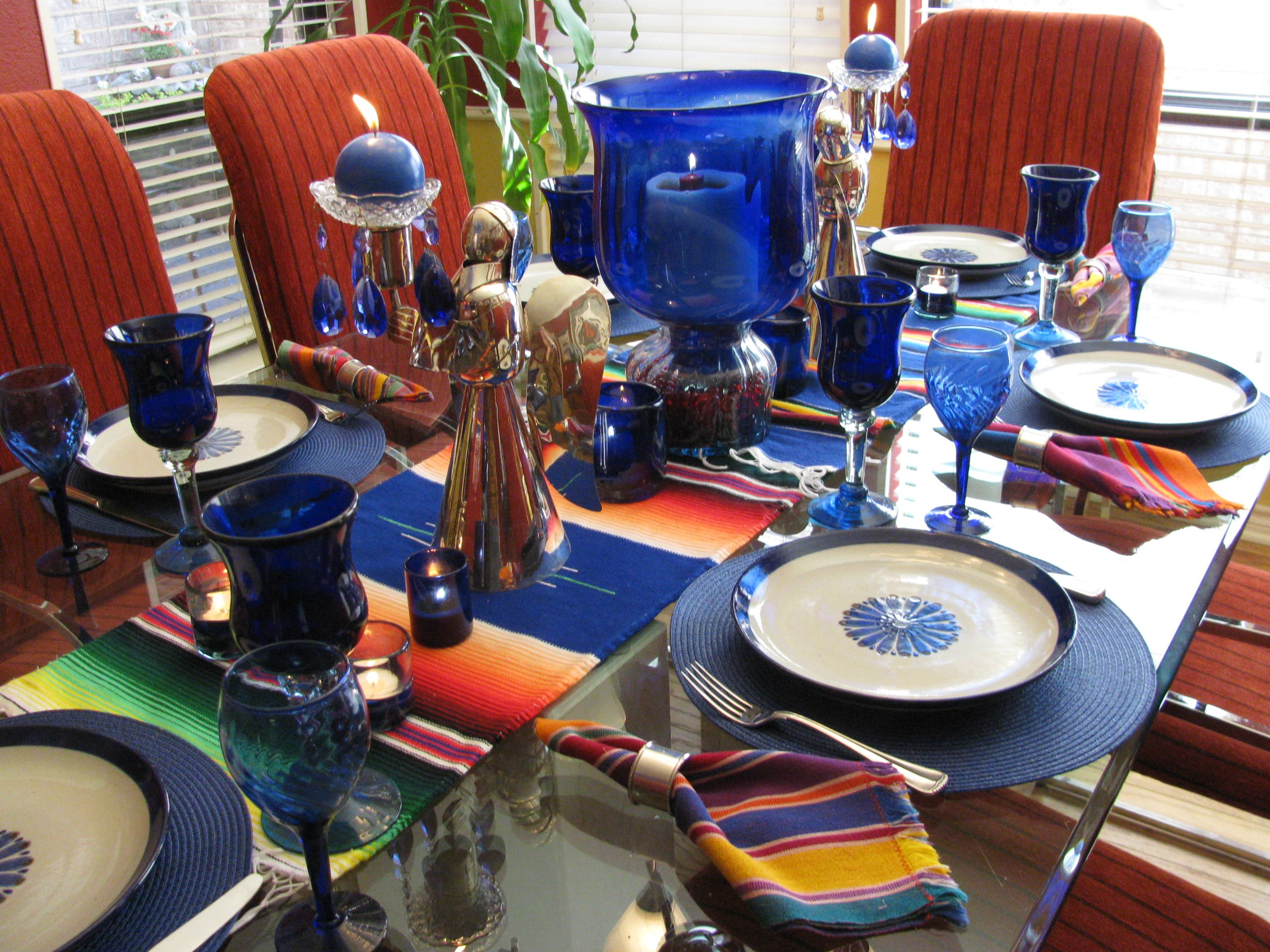 Blue Mexican table setting with stoneware from El Palomar in Tlaquepaque Mexico. Pattern is guadalajara & Blue Mexican table setting with stoneware from El Palomar in ...