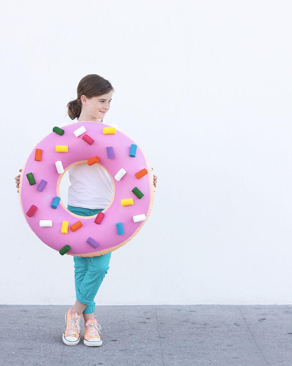 Déguisement Halloween : 15 idées DIY pour toute la famille   Deguisement bonbon, Idee ...