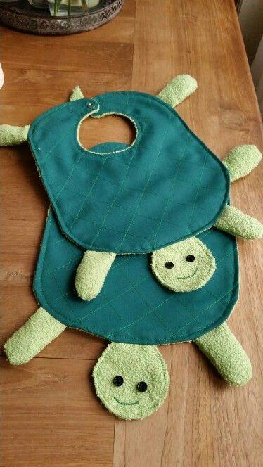 Schildpad slabbetjes  Made-by-ambi@outlook.com