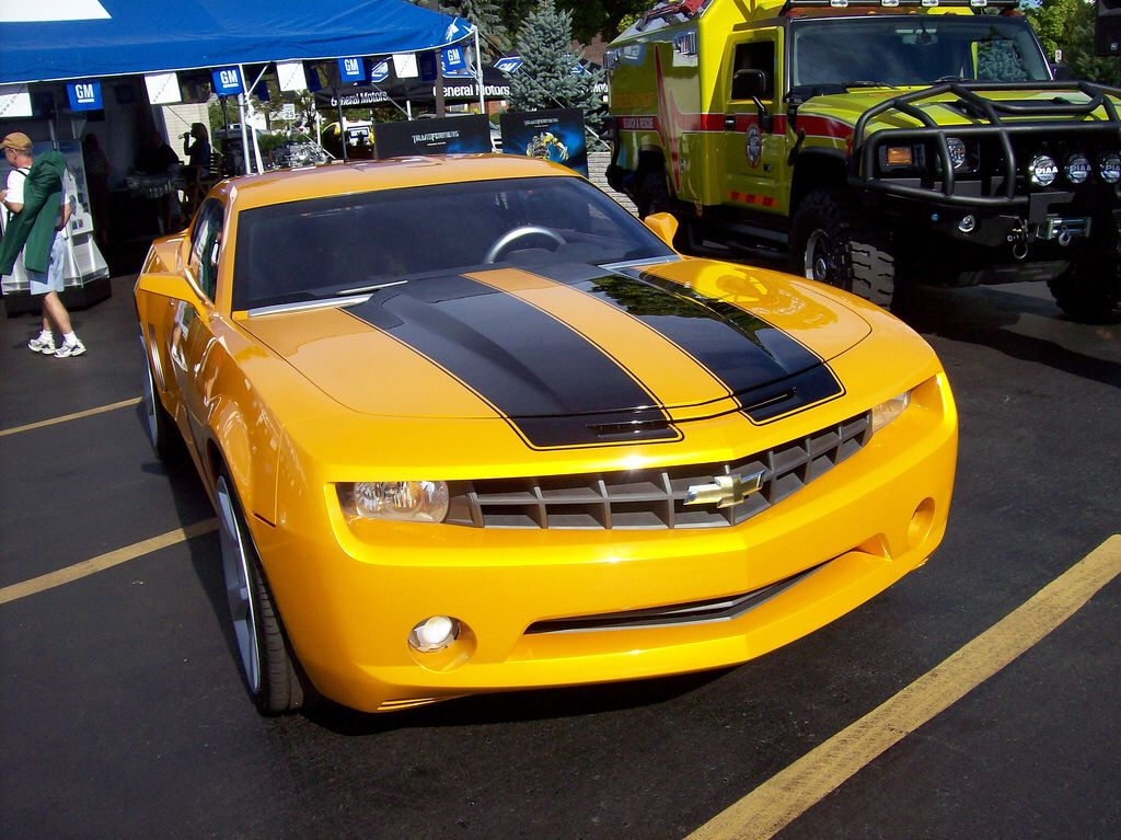 the bumblebee chevy camaro from the transformers movie famous tv and movie cars pinterest. Black Bedroom Furniture Sets. Home Design Ideas