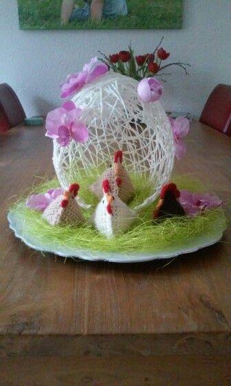 Gehaakte kippen met ei.