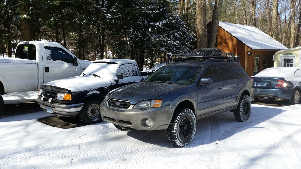Older Outback with 3-4