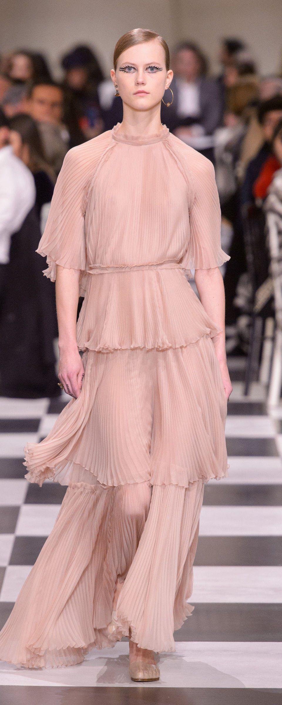 Contemporáneo Vestidos De Novia Dior Regalo - Ideas de Estilos de ...