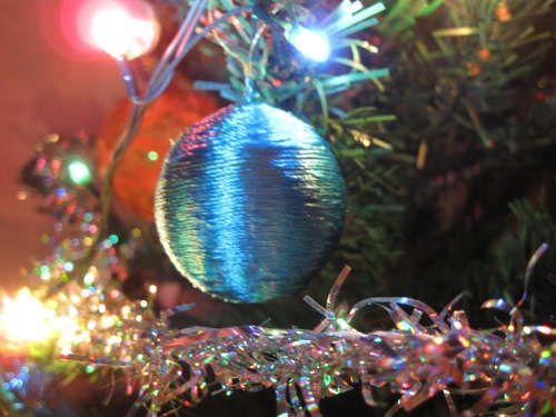 Christmas Tree Toy From Ping Pong Ball To be, Trees and Christmas