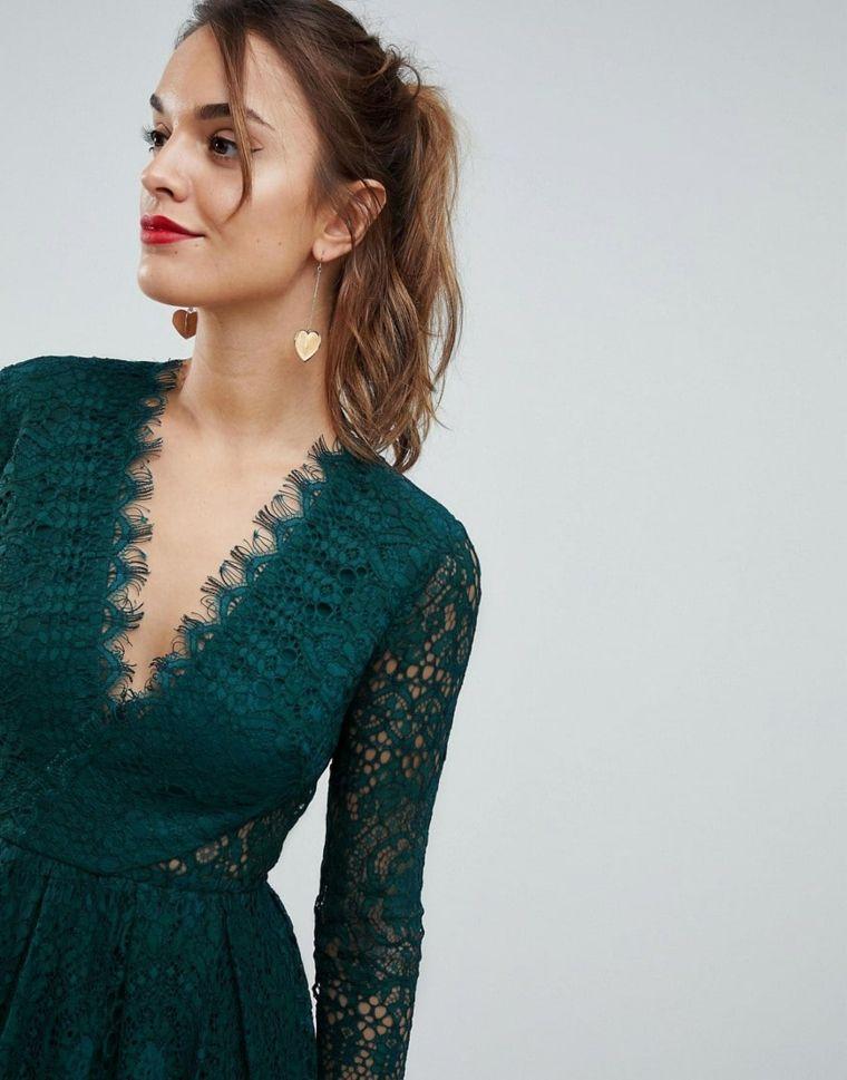 Abbigliamento economico per una cerimonia con vestito di Asos di colore  verde e pizzo 486f8e0460a