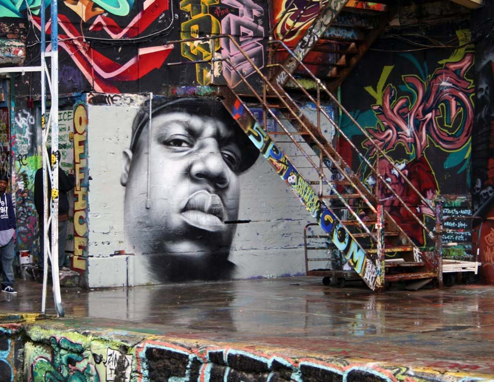 I would never wish death on nobody cause there ain t no for Biggie smalls mural brooklyn
