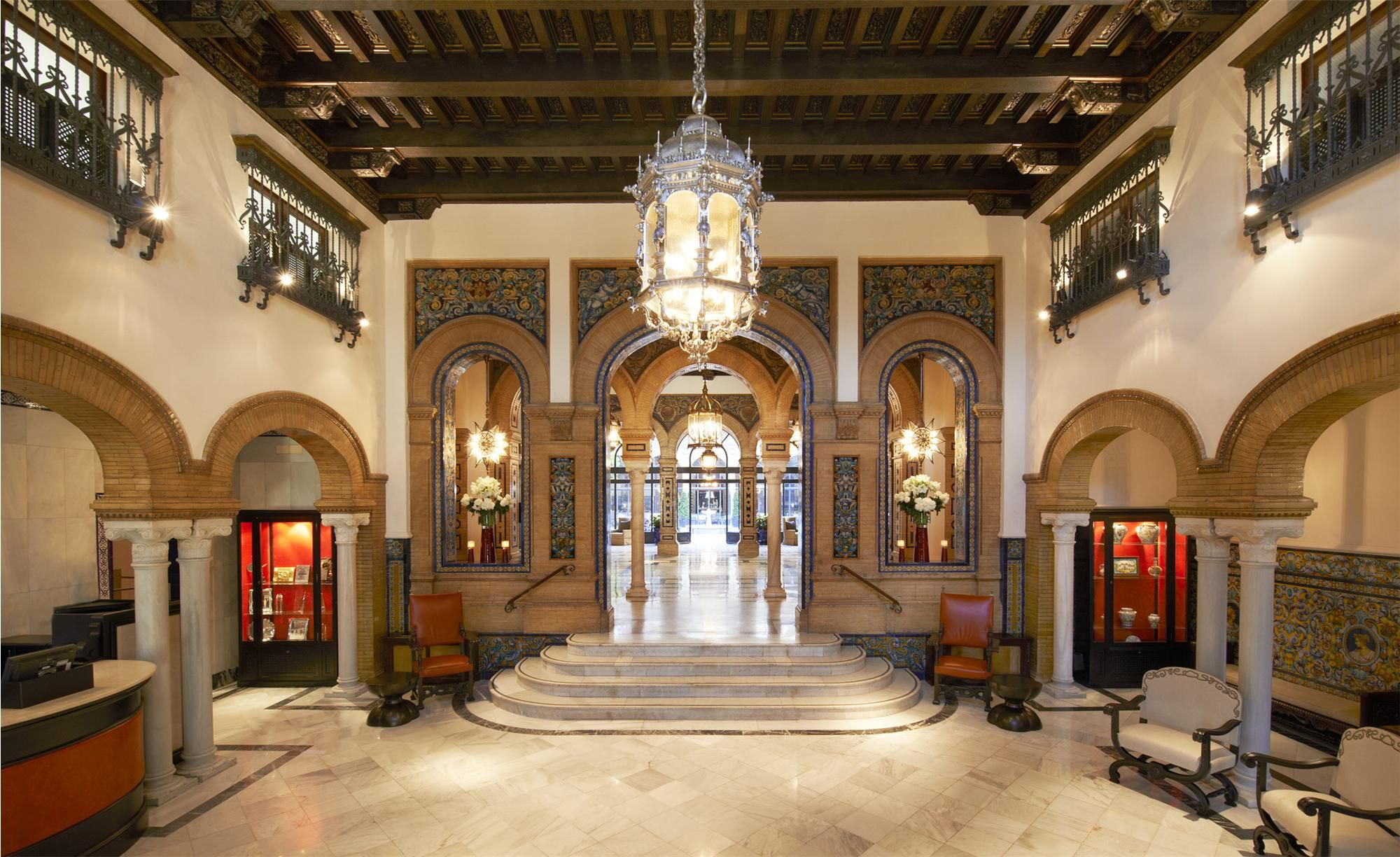 Hotel Alfonso XIII, Seville: Moorish influence, perfect location
