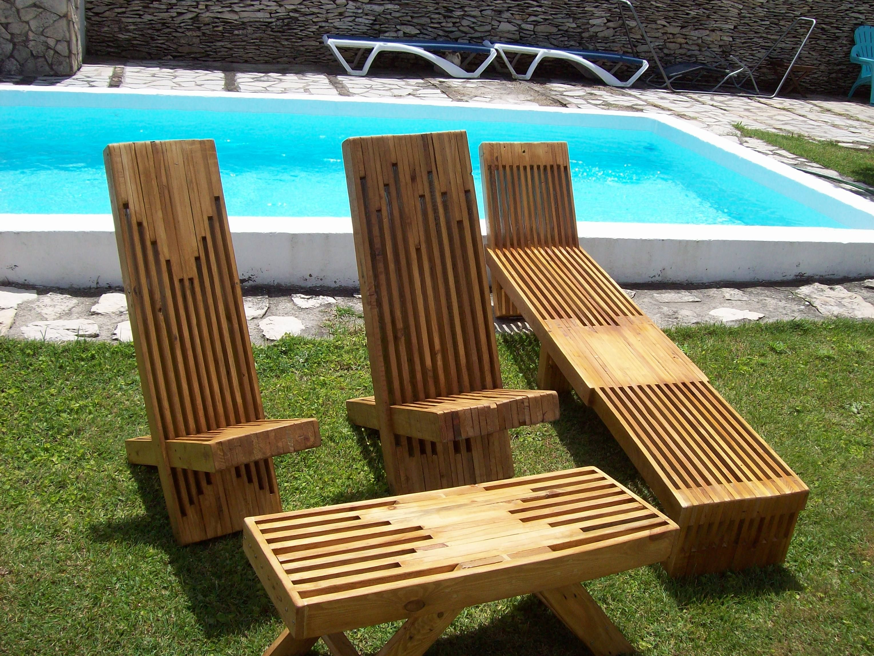 I Made This Stacked Pallet Wood Lounge Set Out Of